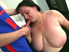 His cock gets up into her mouth and BBW pussy after he fixes her dishwasher in the kitchen